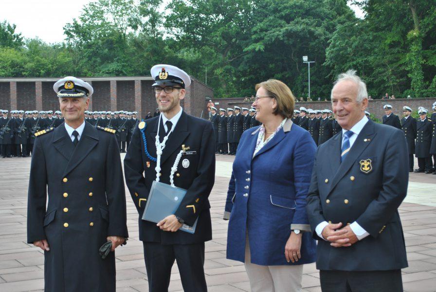 Kapitän zur See Matthias Kähler - Bootsmann Nico Beißner - Frau Söller-Winkler - Karl Heid