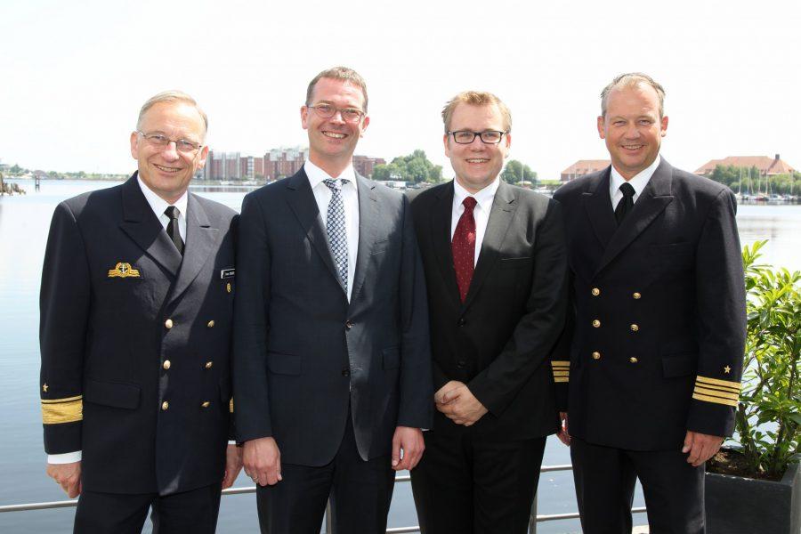 Die Referenten mit dem OB, Foto WZ