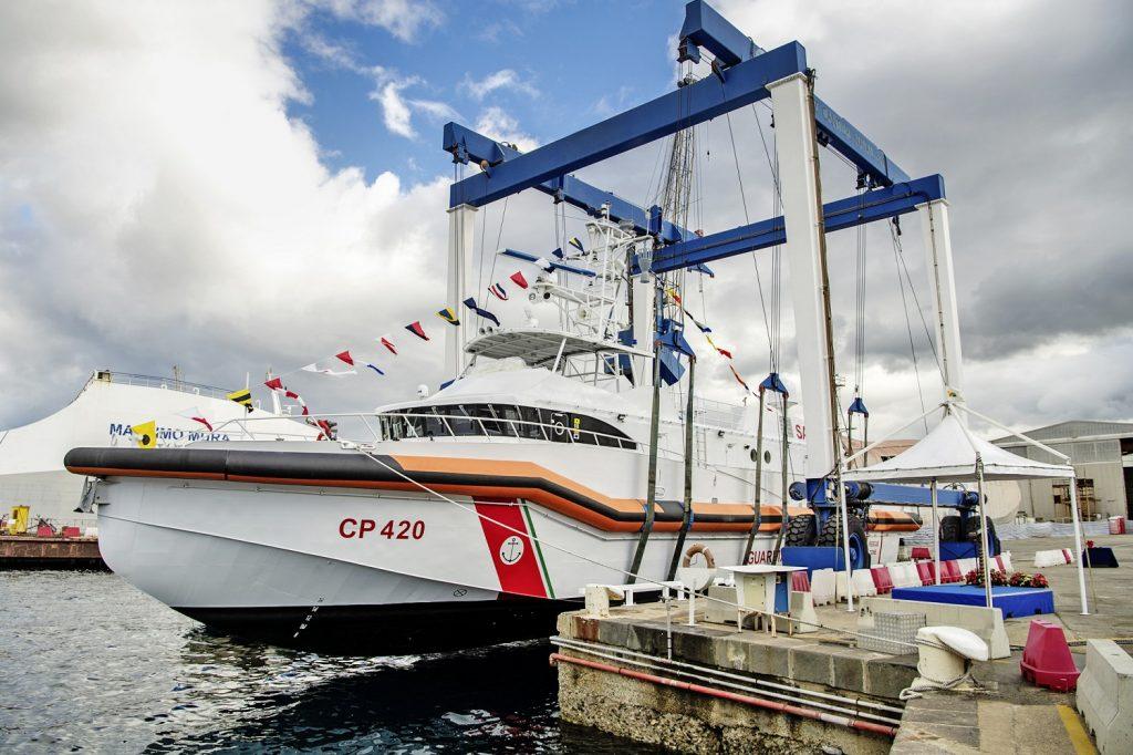 Rohde & Schwarz equips Italian Coast Guard's new patrol boat with comms 2
